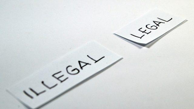 legal-1143115_1920